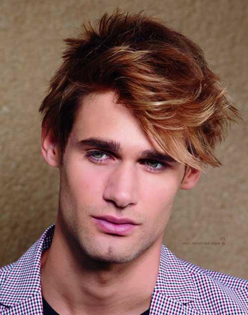 cabelo loiro escuro e olhos verdes masculinos