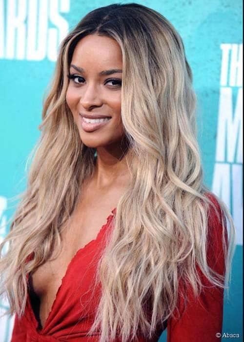 cabelos fios mais claros e raiz mais escura