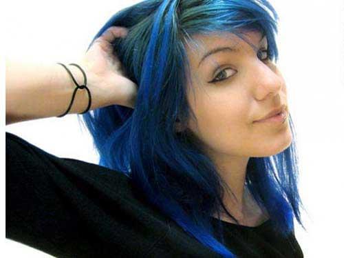 mari moon com mecha azul