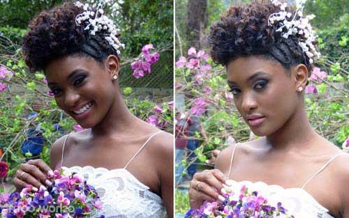 penteado com cachos floridos
