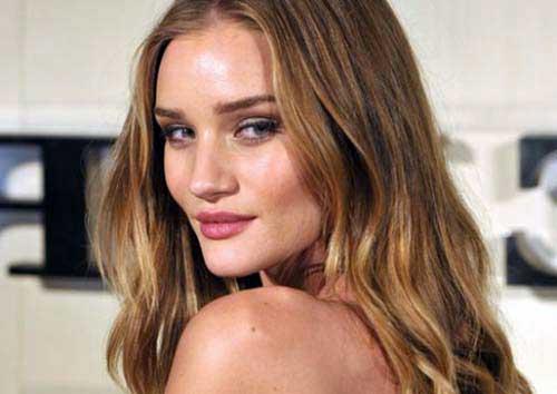 cabelo mel claro lindo em famosa