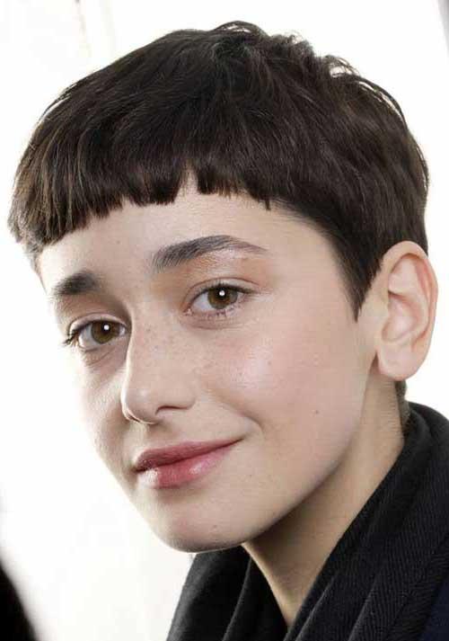 foto de cabelo cortado joaozinho com franja reta