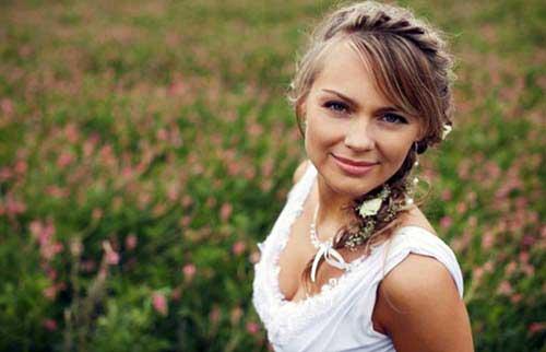 trancinha em noiva sorridente