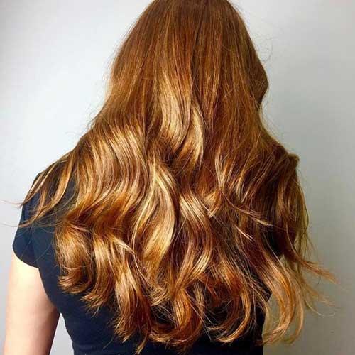 resultado do cabelo ruivo tingido em tom mel