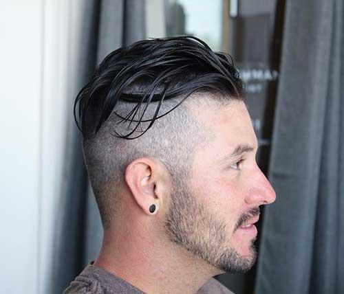 corte undercut masculino em cabelo alisado