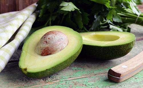 hidratação para cabelos secos com abacate