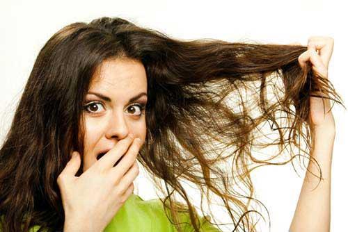 cabelo desarrumado feio