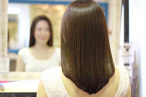 cabelo repicado japones em v