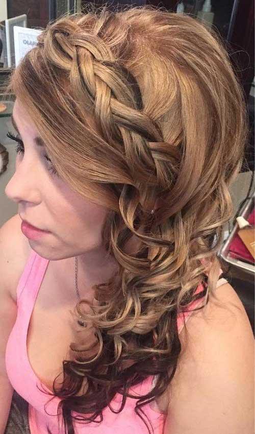 penteado enrolado lateral com trança e cacho