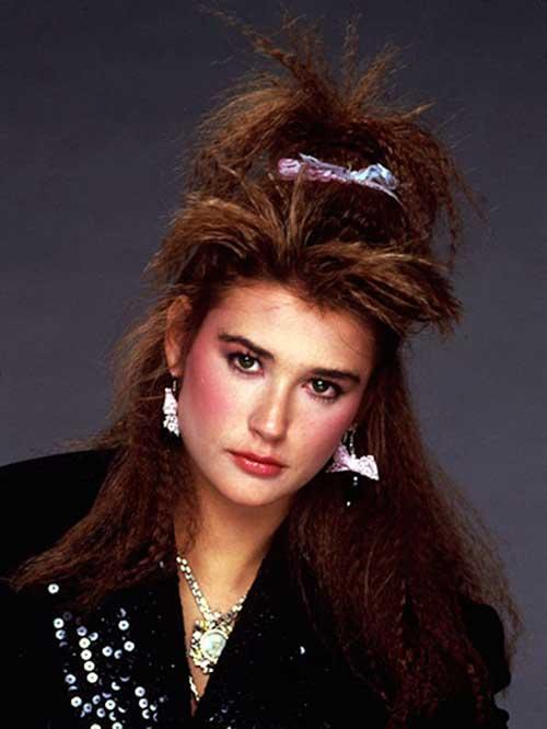penteado frisado para festa anos 80
