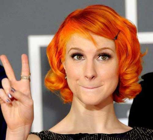 cabelo curto laranja de paramore