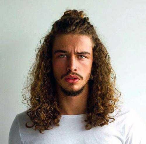 cabelo half bun homem