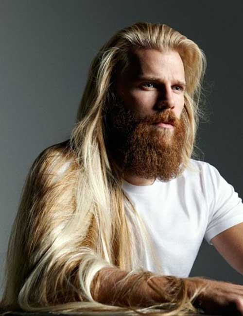 cabelos muito longos loiros