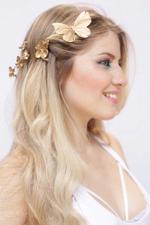 cabelos meio soltos com presilha dourada
