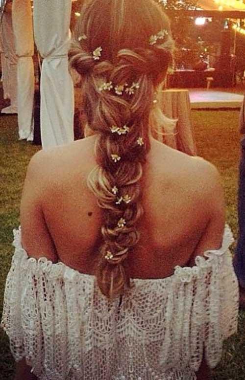 cabelos com florzinhas