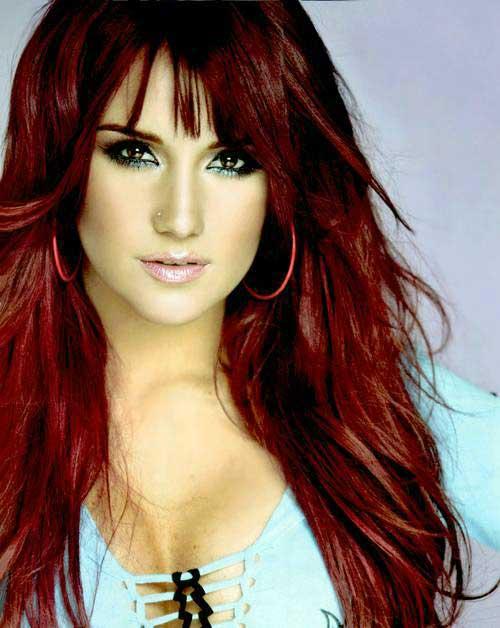 morena clara cantora pop bonita