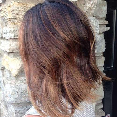 efeito marrom acobreado no cabelo