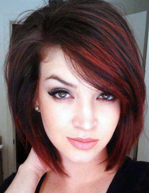 cabelos pretos com luzes vermelhas