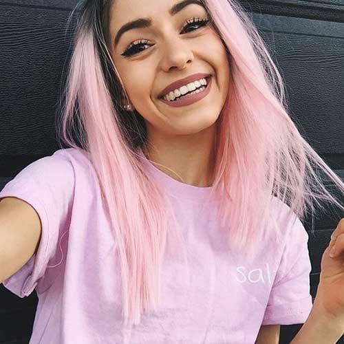 cabelos coloridos de rosa