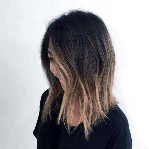 com cabelos curtos