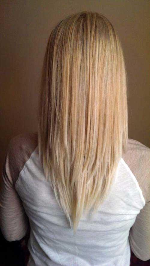 cabelos medios cortados por profissional