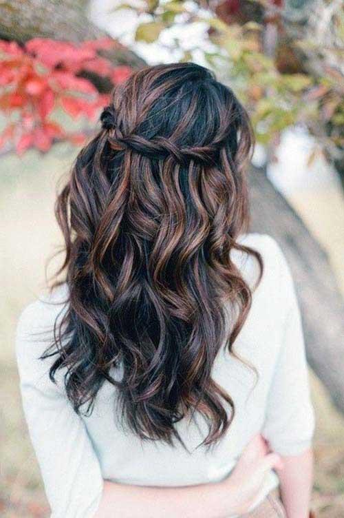 cabelo castanho com mechas pretas e marrons