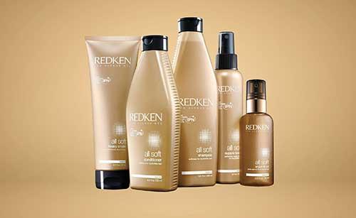 kit com shampoo, condicionador, mascara, spray