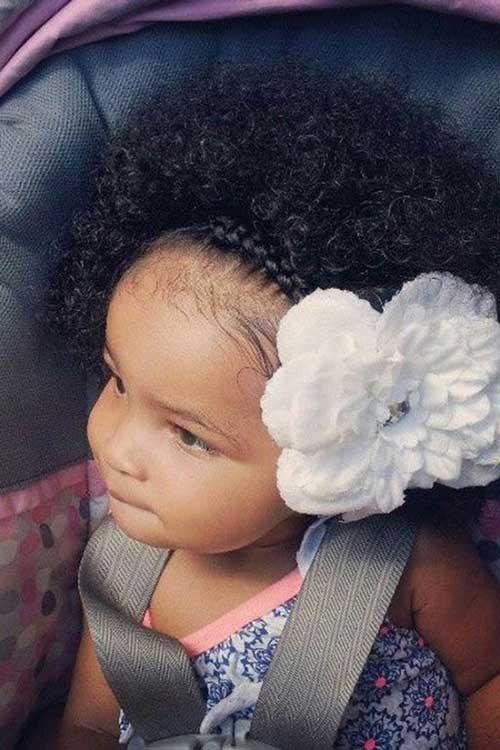 cabelos de crianca crespos volumosos