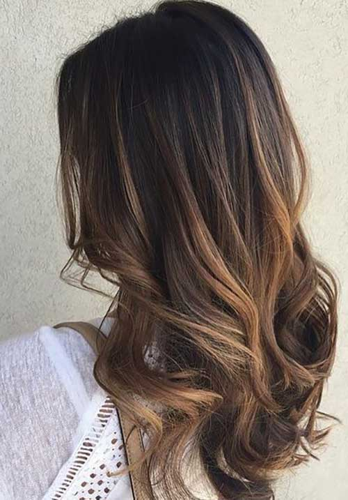 cabelo preto com luzes