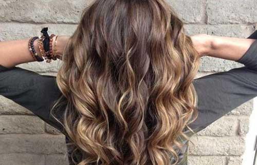 cabelos castanhos balaiados