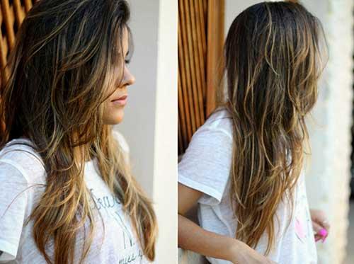 mechas nos cabelos marrons medianos
