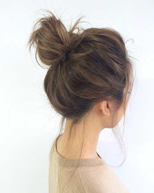 cabelo com coque basico