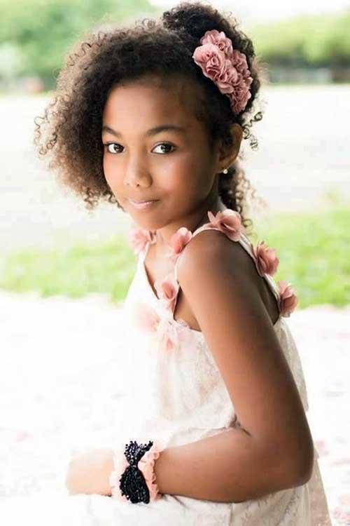 daminha de cabelo afro