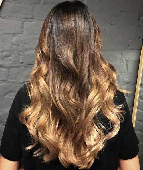 cabelo com ombre hair dourado de morena