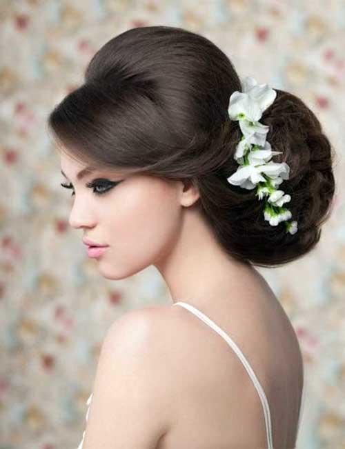penteado coque bola para noiva decorado