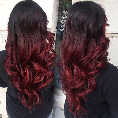 cabelo com ombre hair vermelho em fios castanhos quase pretos