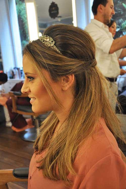 cabelo semi preso de tiara