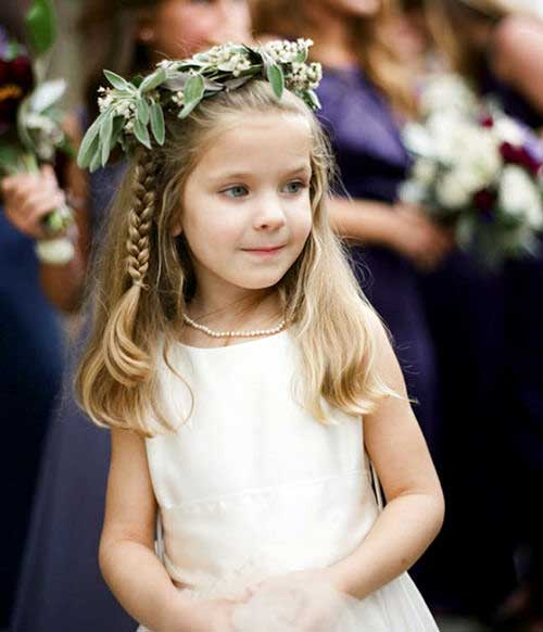 tiara de flores com trança bonita