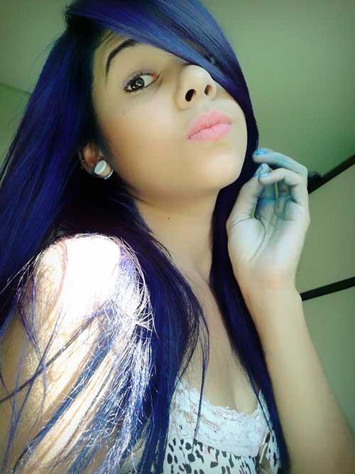 cabelo azul quase preto