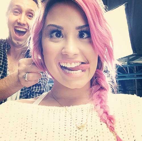 cabelo rosa da cantora demi lovato