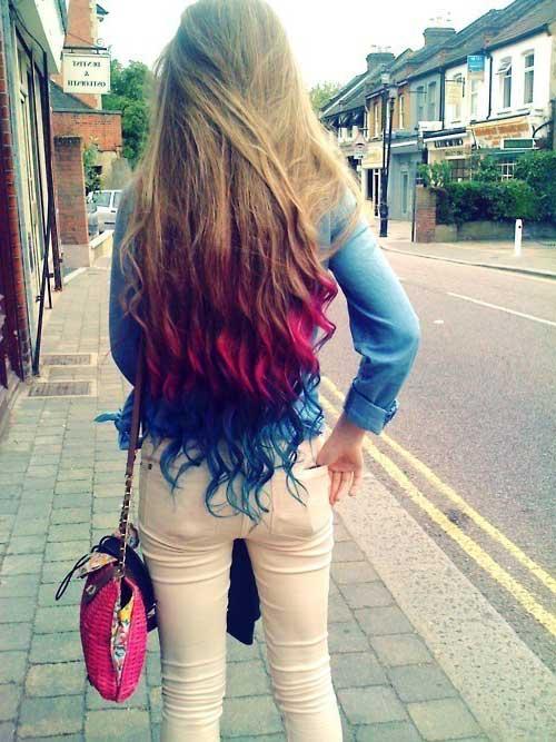 cabelos com pontas coloridas