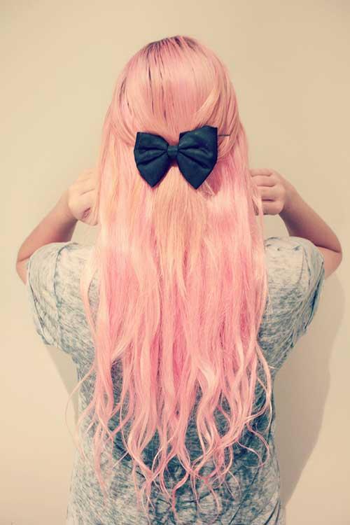 cabelo rosa meio preso com laço