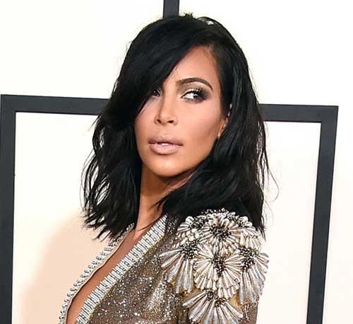 long bob em cabelo preto da kim kardashian