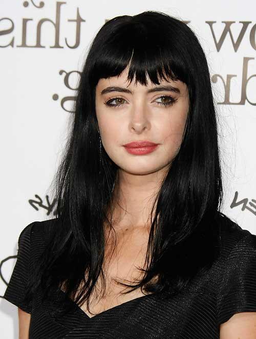 cabelo preto comprido com franja curta