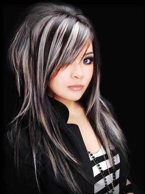 cabelo escuro com mecha invertida