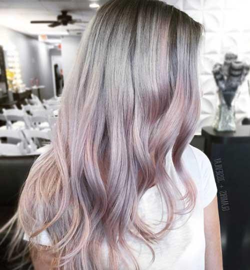 cabelo rosa acinzentado longo