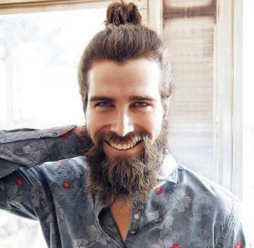 barba lenhador e coque samurai