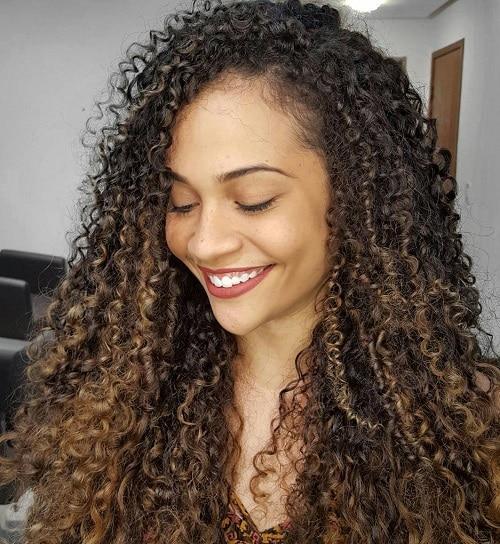 cabelos cacheados da soft hair