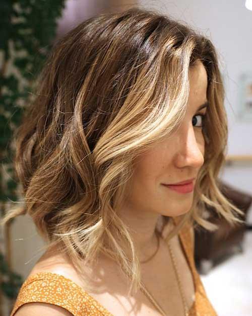 cabelo iluminado com californiana e cortado long bob