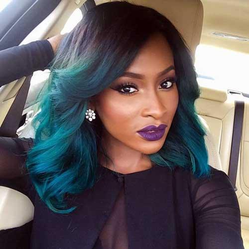 cabelo azul turquesa em negras